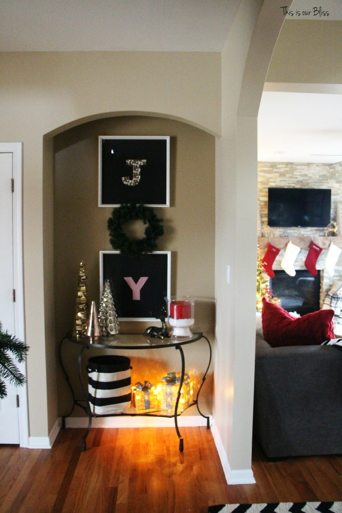 holiday home tour - entryway table - This is our Bliss
