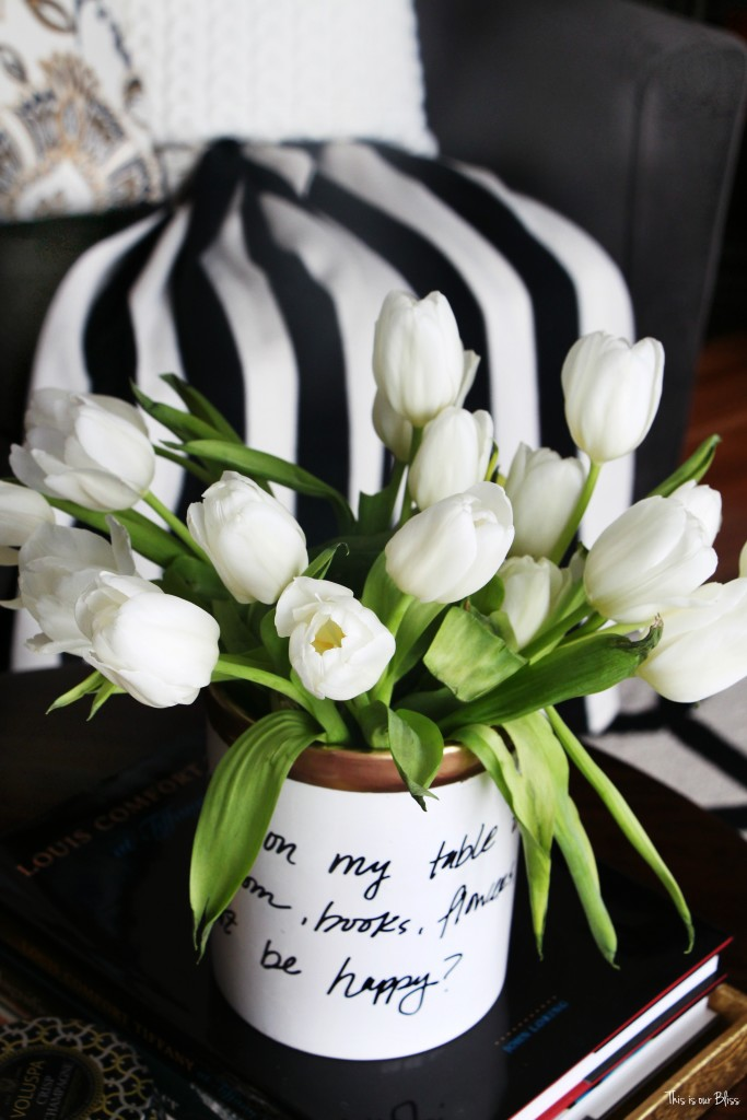 How to DIY a Kate Spade vase how to create a Kate spade inspired vase - daisy place vase Knock it off DIY challenge This is our Bliss www.thisisourbliss.com