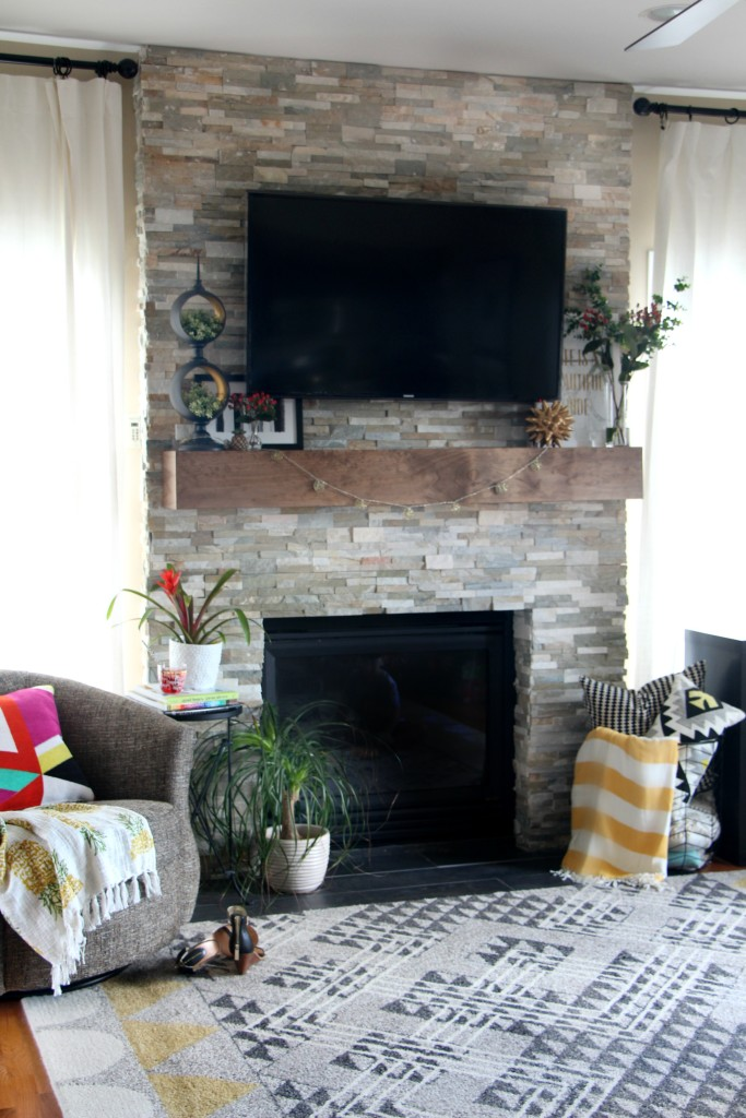 Summer Home Tour | Summer style Family Room | summer mantel styling | Eclectic Summer home tour | This is our Bliss | www.thisisourbliss.com
