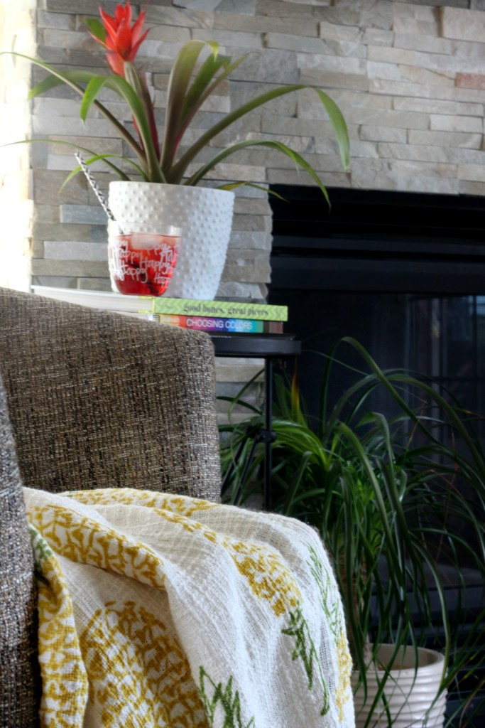 Summer Home Tour | Summer styled family room | pineapple throw blanket | Eclectic summer home Tour | This is our Bliss | www.thisisourbliss.com