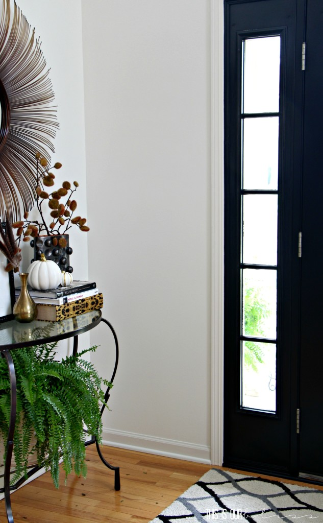 fall-front-entryway-this-is-our-bliss-www-thisisourbliss-com