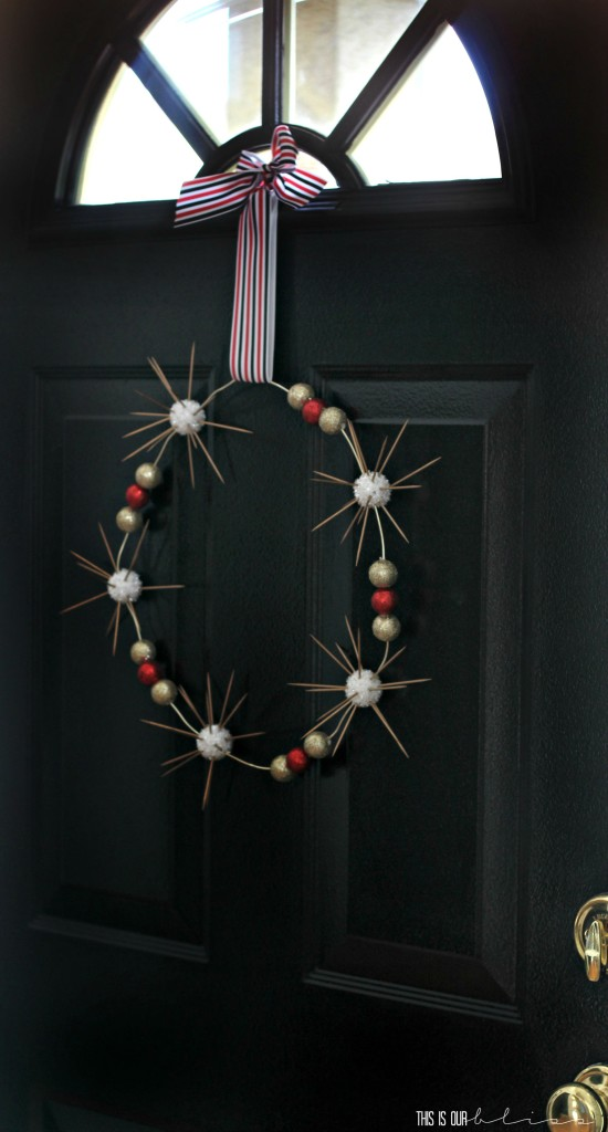Simple Modern Minimalist Holiday Wreath | This is our Bliss | www.thisisourbliss.com