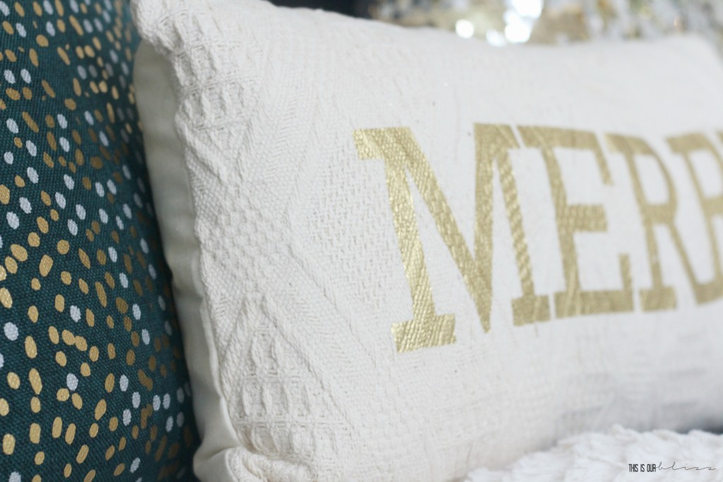 A Very Merry Christmas! | Metallic Holiday Living Room & Bar Cart Decor | Christmas Home Sneak Peek! | This is our Bliss | www.thisisourbliss.com