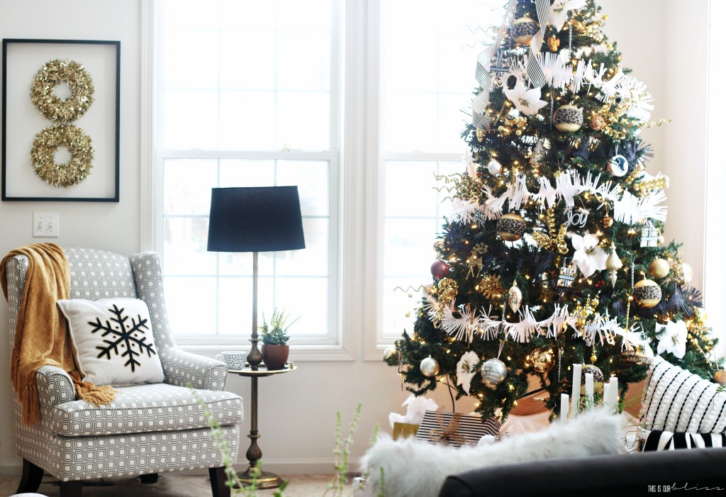 A Merry and Metallic Christmas Home   12 Days of Holiday Homes Tour 2016: This is our Bliss Christmas Living Room    www.thisisourbliss.com